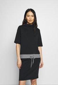 Esprit - RETRO DRESS - Sukienka letnia - black - 0