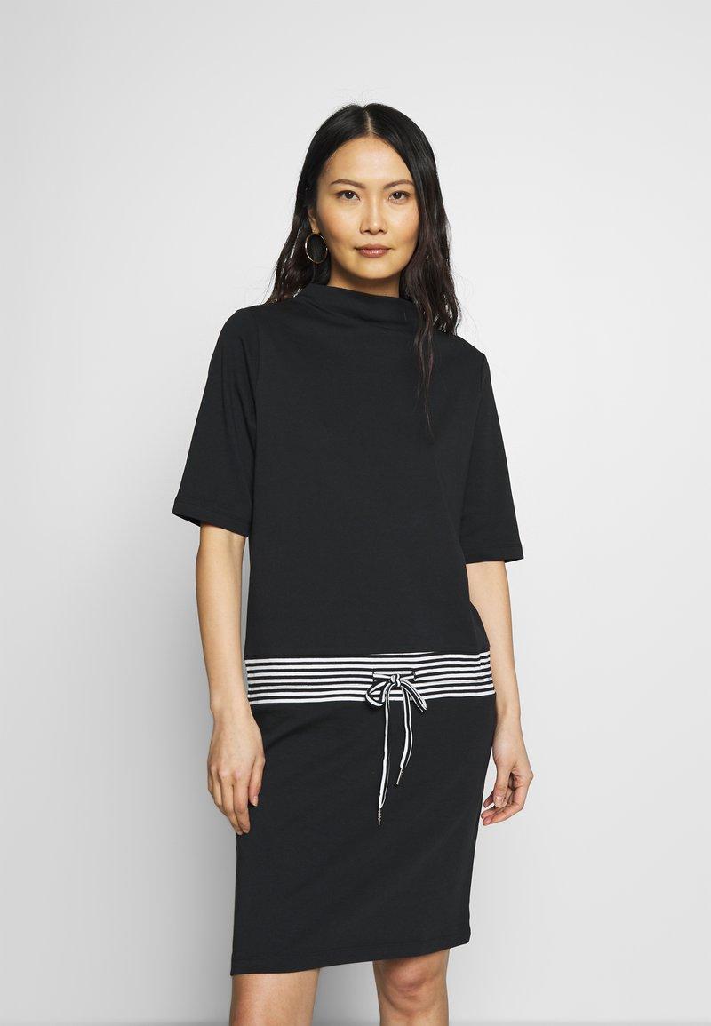 Esprit - RETRO DRESS - Sukienka letnia - black