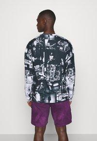 Jaded London - INVERTED PUNK ROCK COLLAGE TEE - Long sleeved top - black - 2