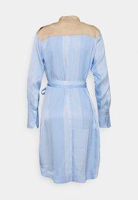 Mos Mosh - RORY ISLAND DRESS - Robe chemise - bel air blue - 1