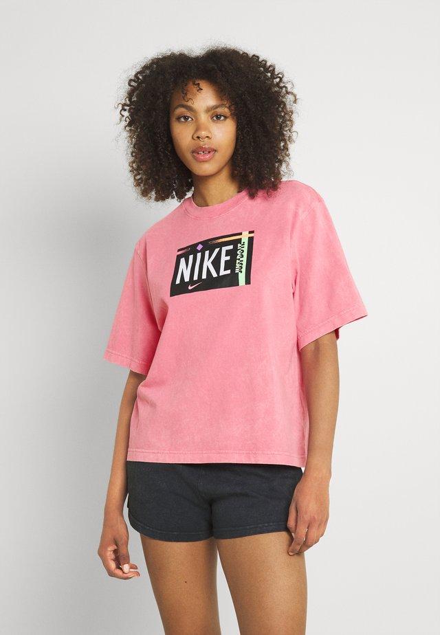 TEE WASH - T-shirt z nadrukiem - sunset pulse