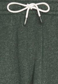 Nike Sportswear - REVIVAL - Shorts - galactic jade - 2