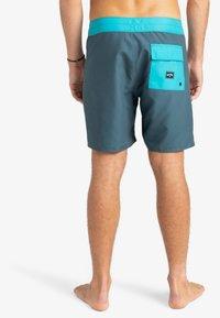 Billabong - Swimming shorts - char - 4