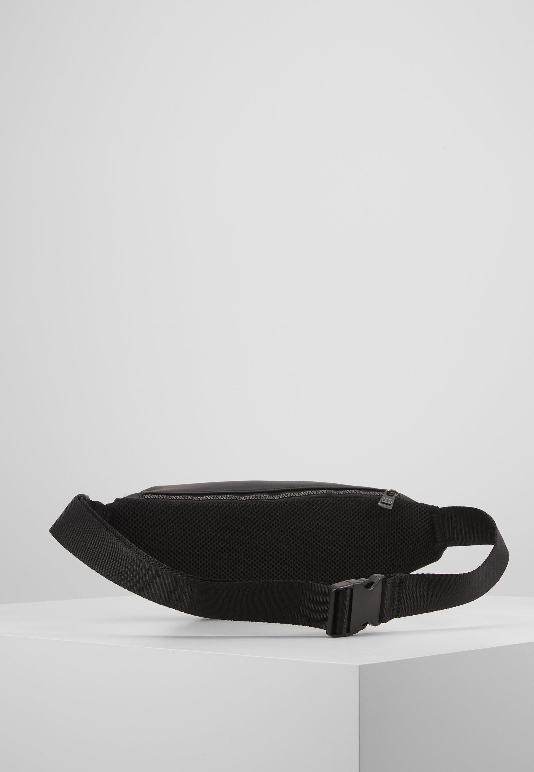 Calvin Klein CENTRAL WAISTBAG - Sac banane - black
