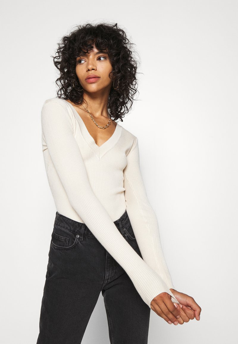 Missguided NECK BODY - Strickpullover - sand/camel 6AvJo3