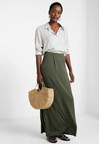 Anna Field - Maxi skirt - olive night - 1