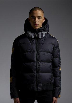 CHEVRON   - Gewatteerde jas - black/wet black/gold
