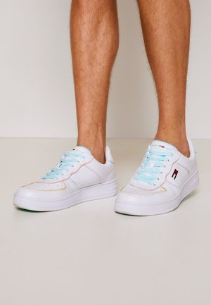 ABO PIPING BASKET MEN - Trainers - pastel