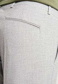 Viggo - SUNNY - Oblekové kalhoty - light grey - 5