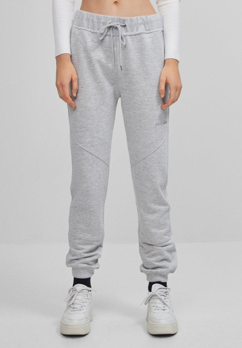 Bershka - Teplákové kalhoty - light grey