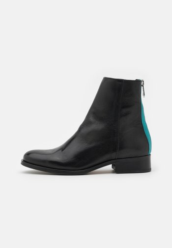 AYLIN - Classic ankle boots - black