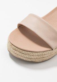 New Look - PICKLE - Sandalen met hoge hak - oatmeal - 6