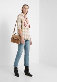 Polo Ralph Lauren - GEORGIA CLASSIC - Camisa - cream/sand - 1
