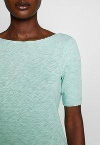Marc O'Polo - BOAT NECK - T-shirt basic - misty spearmint - 3