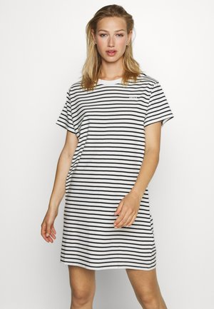 LULA TEE DRESS - Jerseykjoler - cloud dancer