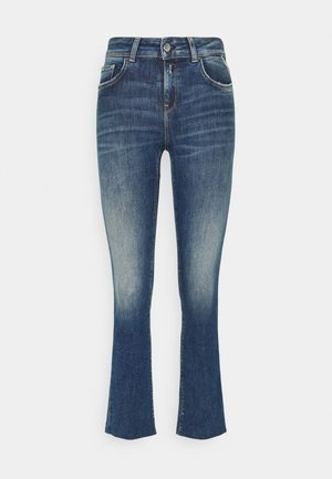 FAABY FLARE CROP PANTS - Jeans Skinny Fit - medium blue