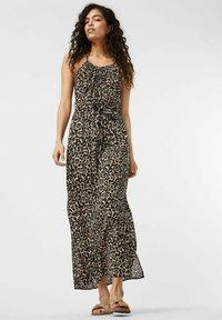 Vero Moda - Maxi dress - oatmeal - 0