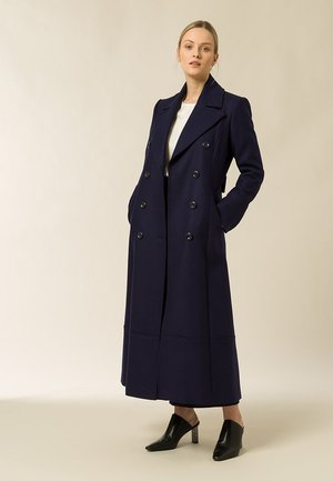 MIT DOPPELTER KNOPFREIHE - Classic coat - navy blue