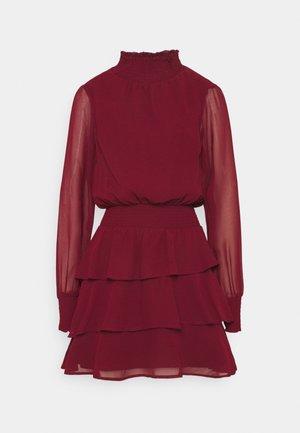 ALEXA TURTLNECK DRESS EXCLUSIVE - Korte jurk - wine