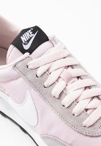 Nike Sportswear - DAYBREAK - Trainers - barely rose/white/silver/lilac/black/white - 2