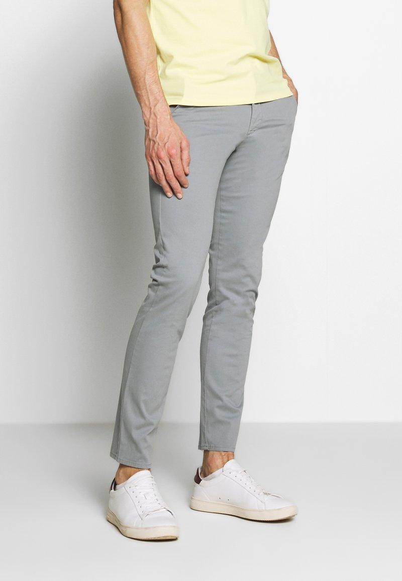 NN07 - JOE - Trousers - medium grey
