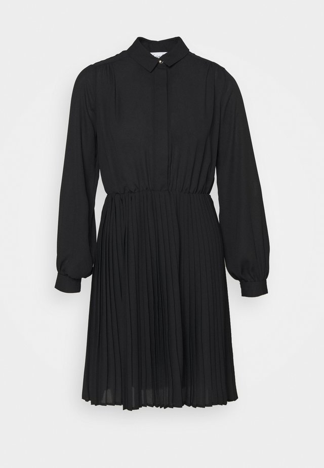 PLEATED DRESS - Robe chemise - black
