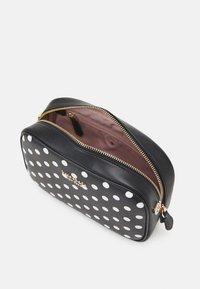 kate spade new york - MEDIUM CAMERA BAG - Across body bag - black - 3