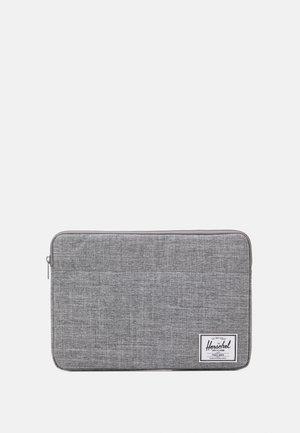 ANCHOR SLEEVE FOR 15/16 INCH UNISEX - Laptop bag - raven