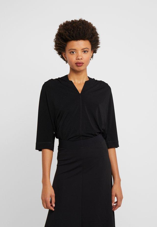 BIJANA - Basic T-shirt - black