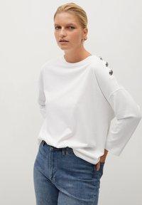 Violeta by Mango - CAMIBU - Long sleeved top - off white - 0