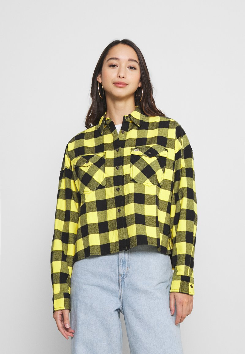 Tommy Jeans - GINGHAM CHECK  - Button-down blouse - star fruit yellow/black
