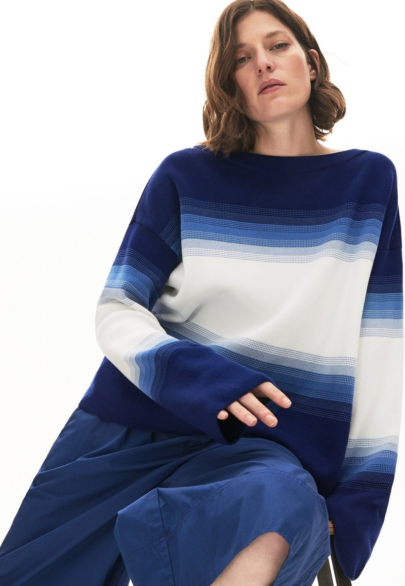 Lacoste - LACOSTE - DAMEN PULLI-AF6462 - Sweter - navy blau / blau / weiß
