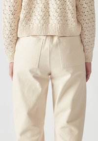 PULL&BEAR - Relaxed fit jeans - beige - 5