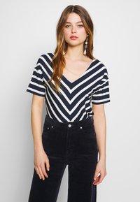 Sea Ranch - NOVA - Print T-shirt - navy/pearl - 0
