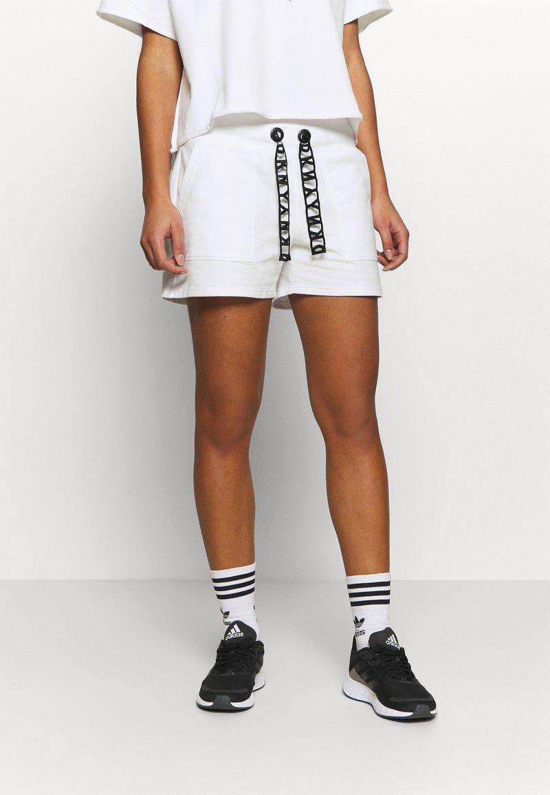 DKNY - SHORT LOGO DRAWCORD - Sports shorts - white