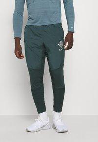Nike Performance - ELITE PANT - Tracksuit bottoms - seaweed/reflective silver - 0