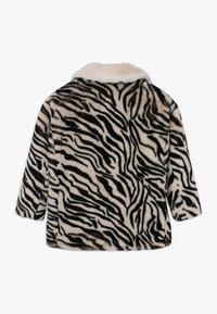 Pinko Up - NOTAIO PELLICCIA ZEBRA - Winter coat - white/black - 1