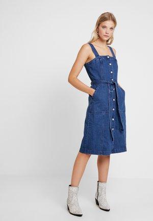 SHANK FRONT DRESS - Denim dress - medium wash