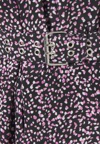 The Kooples - DRESS - Denní šaty - black/pink - 2