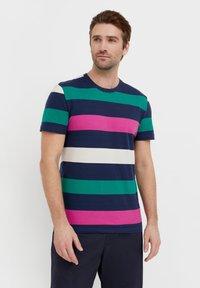 Finn Flare - Print T-shirt - dark blue - 0