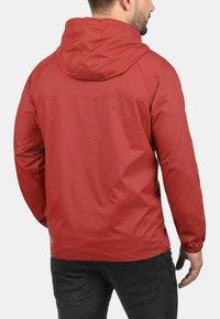 Blend - NEVI - Light jacket - pomp red - 1