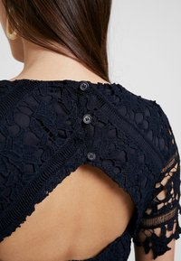 Missguided - CROCHET OPEN BACK MIDI DRESS - Cocktail dress / Party dress - dark blue - 6
