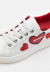 MOSCHINO - EXCLUSIVE UNISEX - Sneakers basse - white - 5