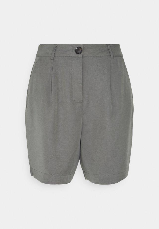 Shorts - sedona sage