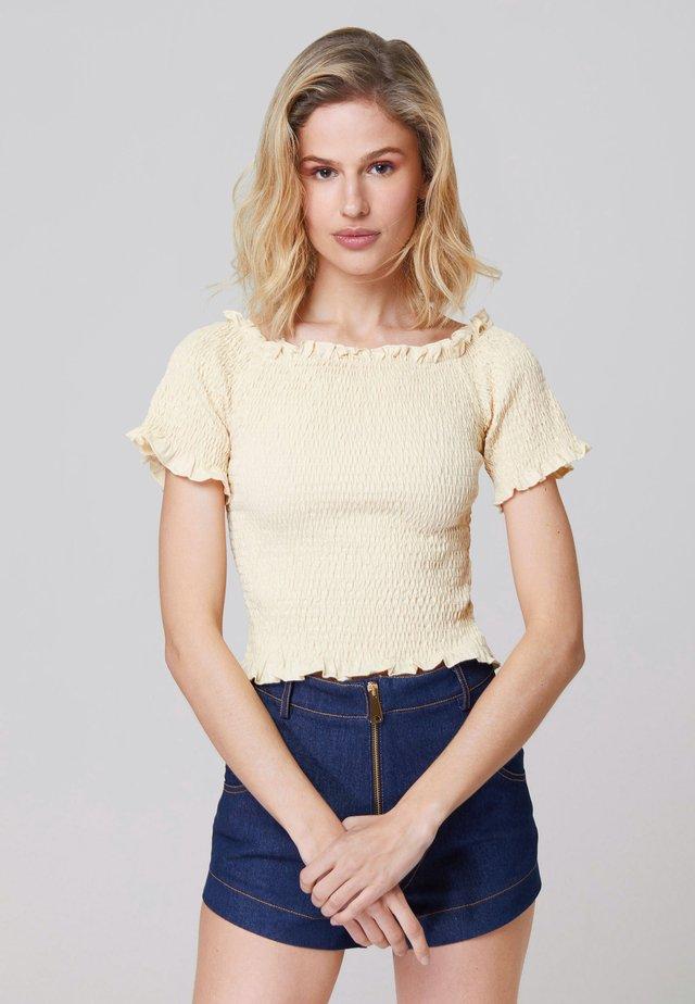 EMMA SHIRRED - Linne - beige