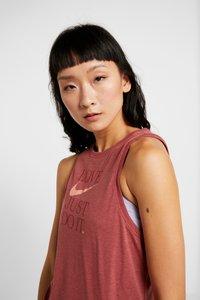 Nike Performance - DRY TANK YOGA  - T-shirt de sport - dark red - 3