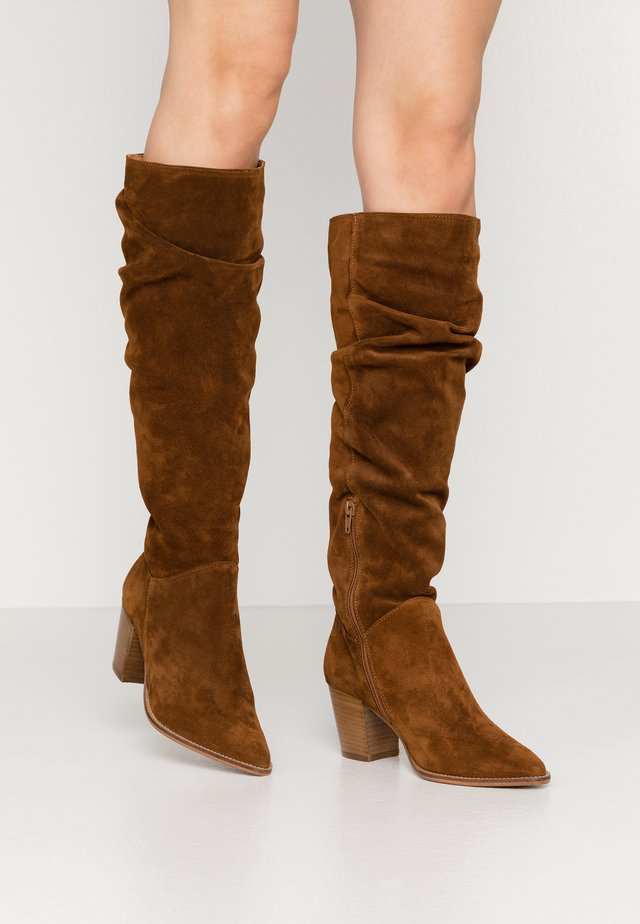 LEATHER BOOTS - Stiefel - cognac