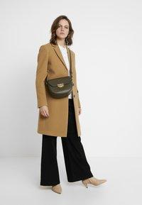 Calvin Klein - ESSENTIAL - Classic coat - beige - 1