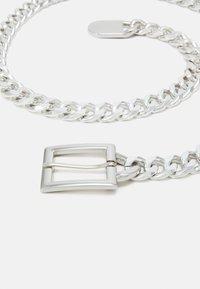 Pieces - PCNIFFI CHAIN BELT - Vyö - silver-coloured - 2
