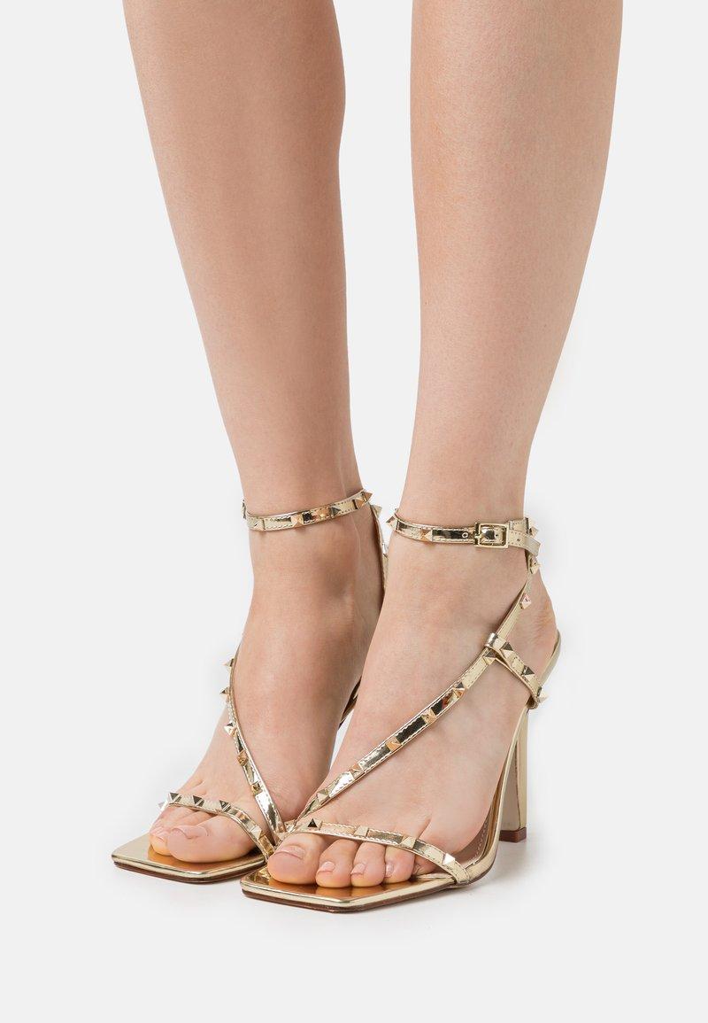 RAID - LURIANE - Korolliset sandaalit - gold metallic